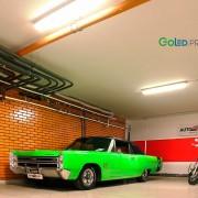 Установка светодиодных трубок GoLED T8-18AL в автосалоне